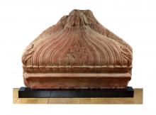 Stone - A mughal red sand stone architectural fragment